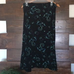 Woman's Dress Barn skirt